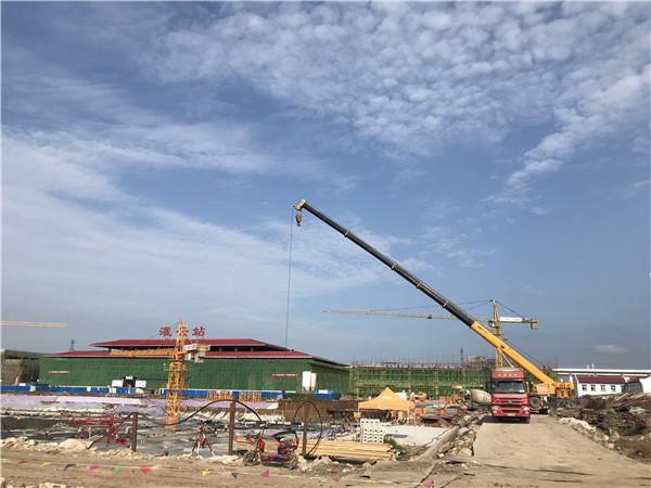 连云港东海小学工地吊装施工